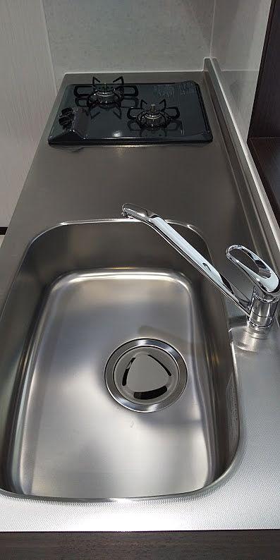 大きなシンクは使い勝手GOOD!シングル水栓もうれしい設備です。