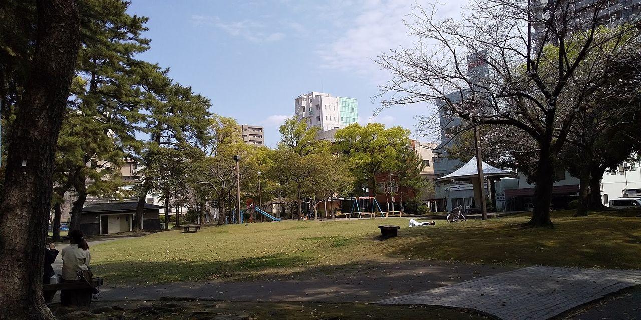 地域の人に愛される憩いの広場です