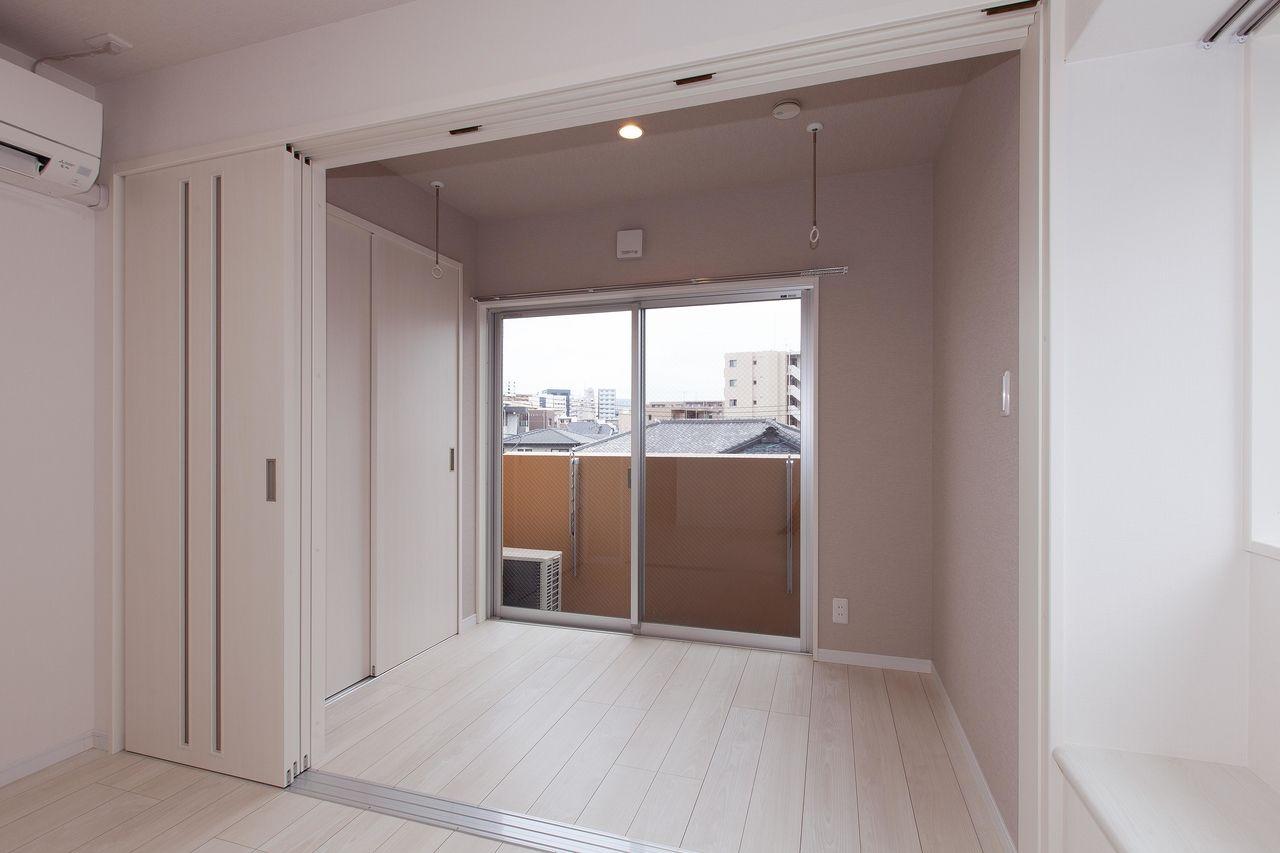 コンパクトな洋室。寝室として利用できます。