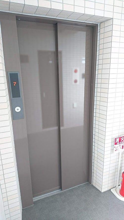 お部屋を出ればすぐエレベータ―ホール