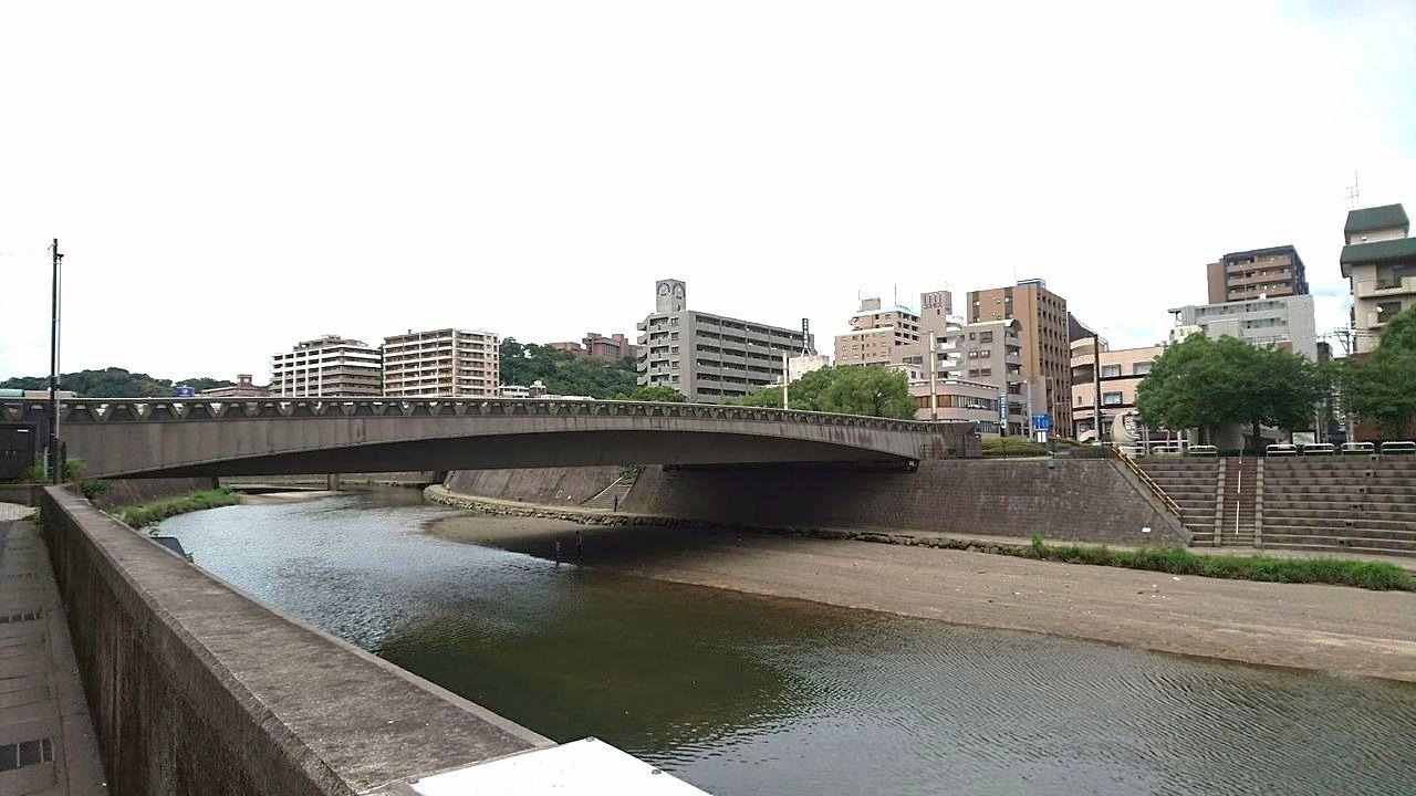 甲突川五石橋のひとつ西田橋